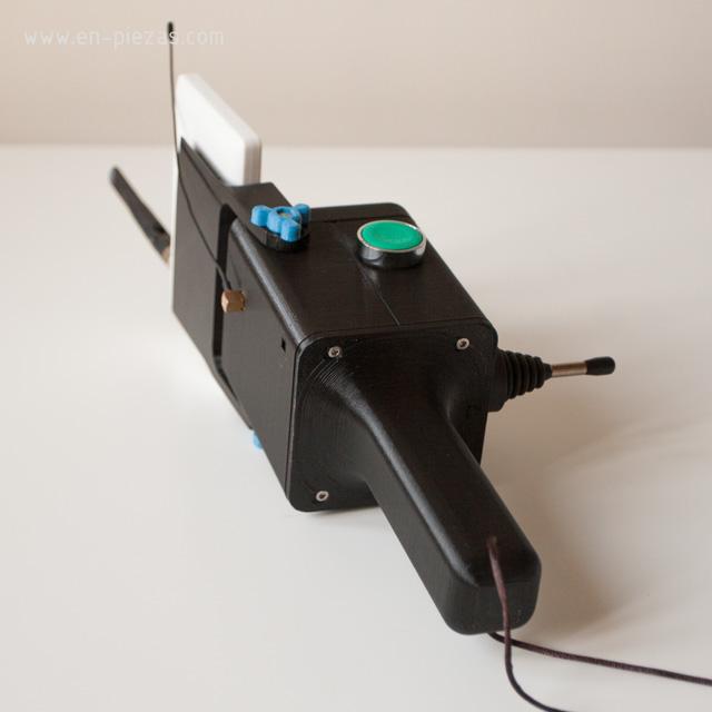 Impresión 3D prototipo de mando para radio control